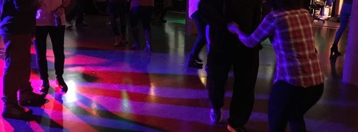 Tuesday Salsa & Bachata Practica with DJ Izzy!