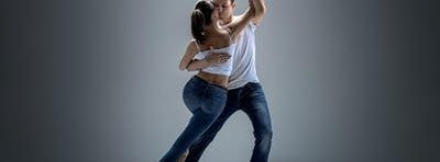 Free Co-Ed Salsa Class North Riverside