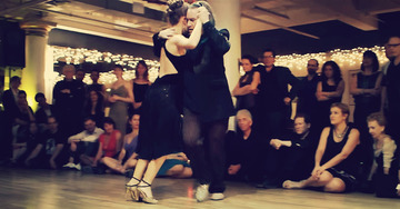 These 5 Argentine Tango Performances will make your head spin