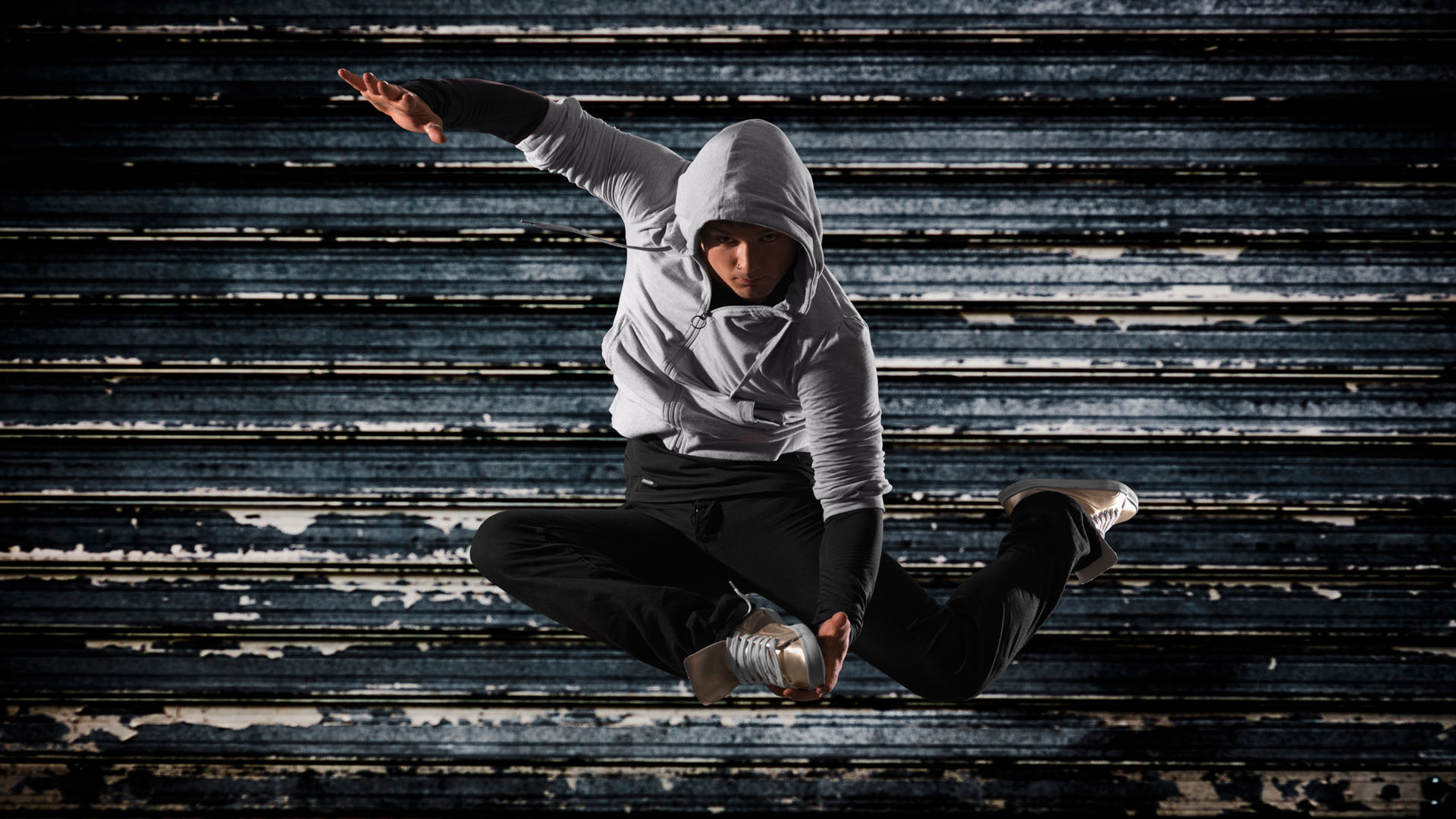 Hip Hop Birth, Styles, Dancers, Music & Competitions