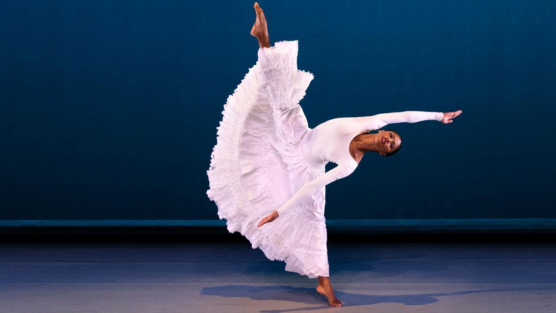 Evolution of Modern Dance: Contemporary Themes & Classic Styles