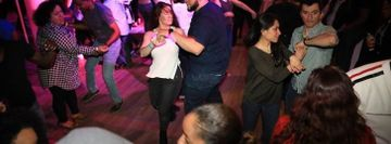 Union Noche De Descarga (NDD) Salsa Social  - Stepping Out Studios