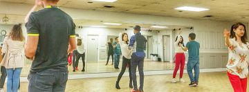 Intermediate Bachata @ Zagar Studio